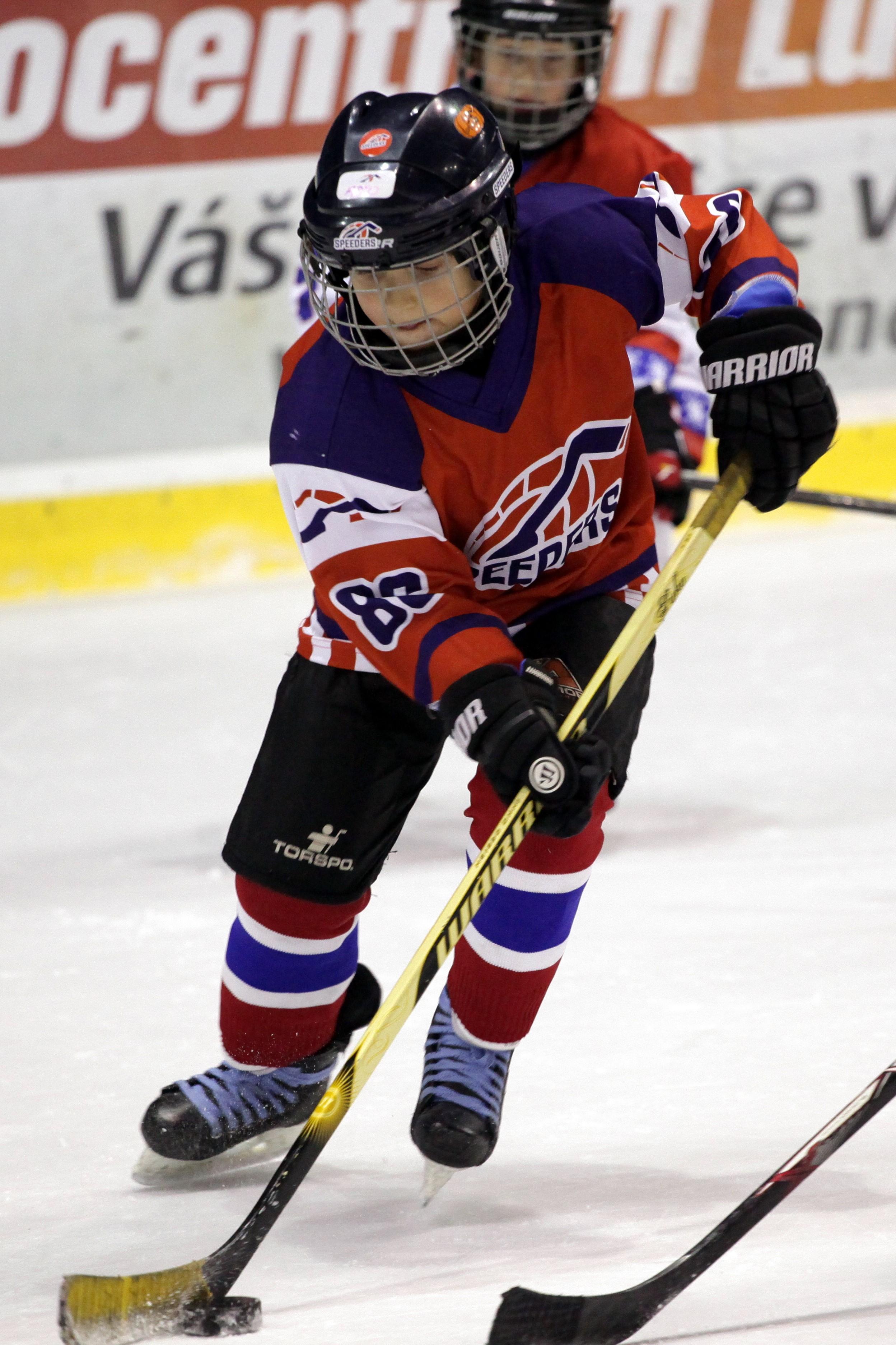 adrian zlejsi hokej speeders bratislava 3