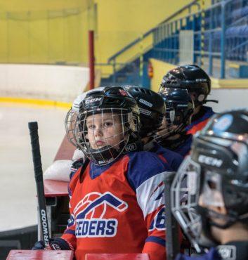 hokejovy turnaj Puchov 2.miesto speeders bratislava na striedacke 3