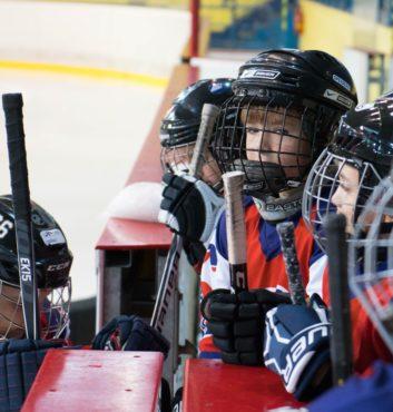 hokejovy turnaj Puchov 2.miesto speeders bratislava na striedacke 5