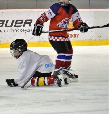 prvy zapas v drese speeders hokej bratislava 10