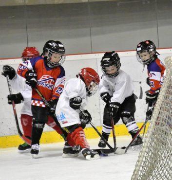 prvy zapas v drese speeders hokej bratislava 2