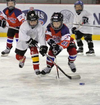 prvy zapas v drese speeders hokej bratislava boj o puk