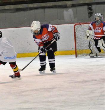 prvy zapas v drese speeders hokej bratislava miso tomanka