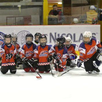 prvy zapas v drese speeders hokej bratislava titulna foto