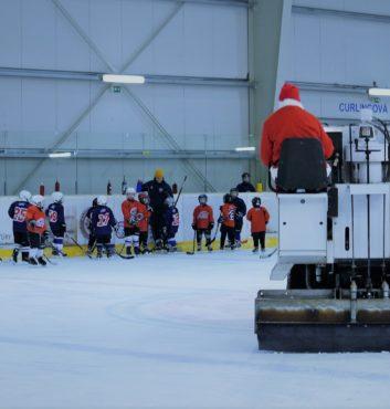 hokejovy mikulas speeders hokej deti darceky na lade banner bratislava ruzinov 5