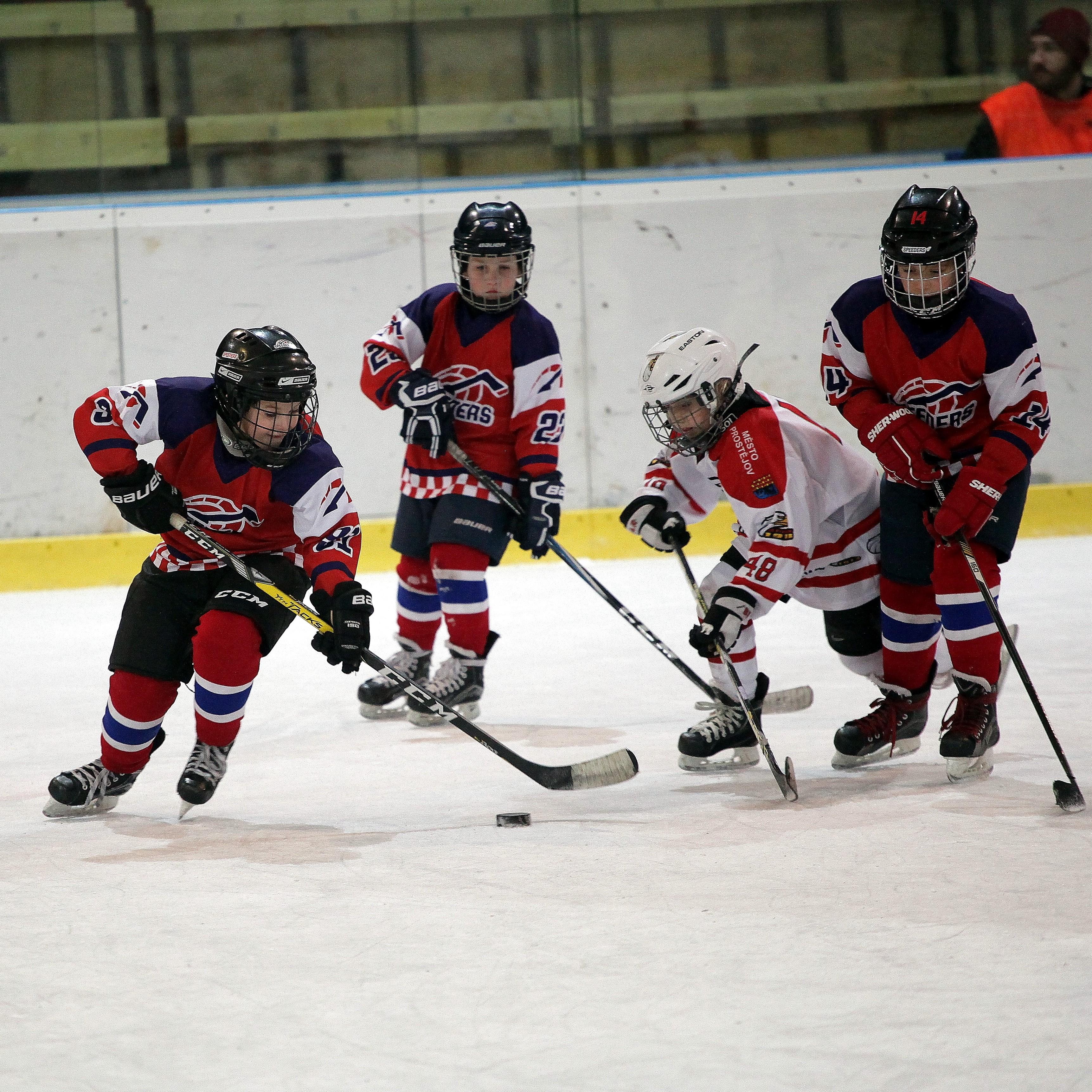 Speeders Hockey Bratislava turnaj karvina_ hokejova akcia9