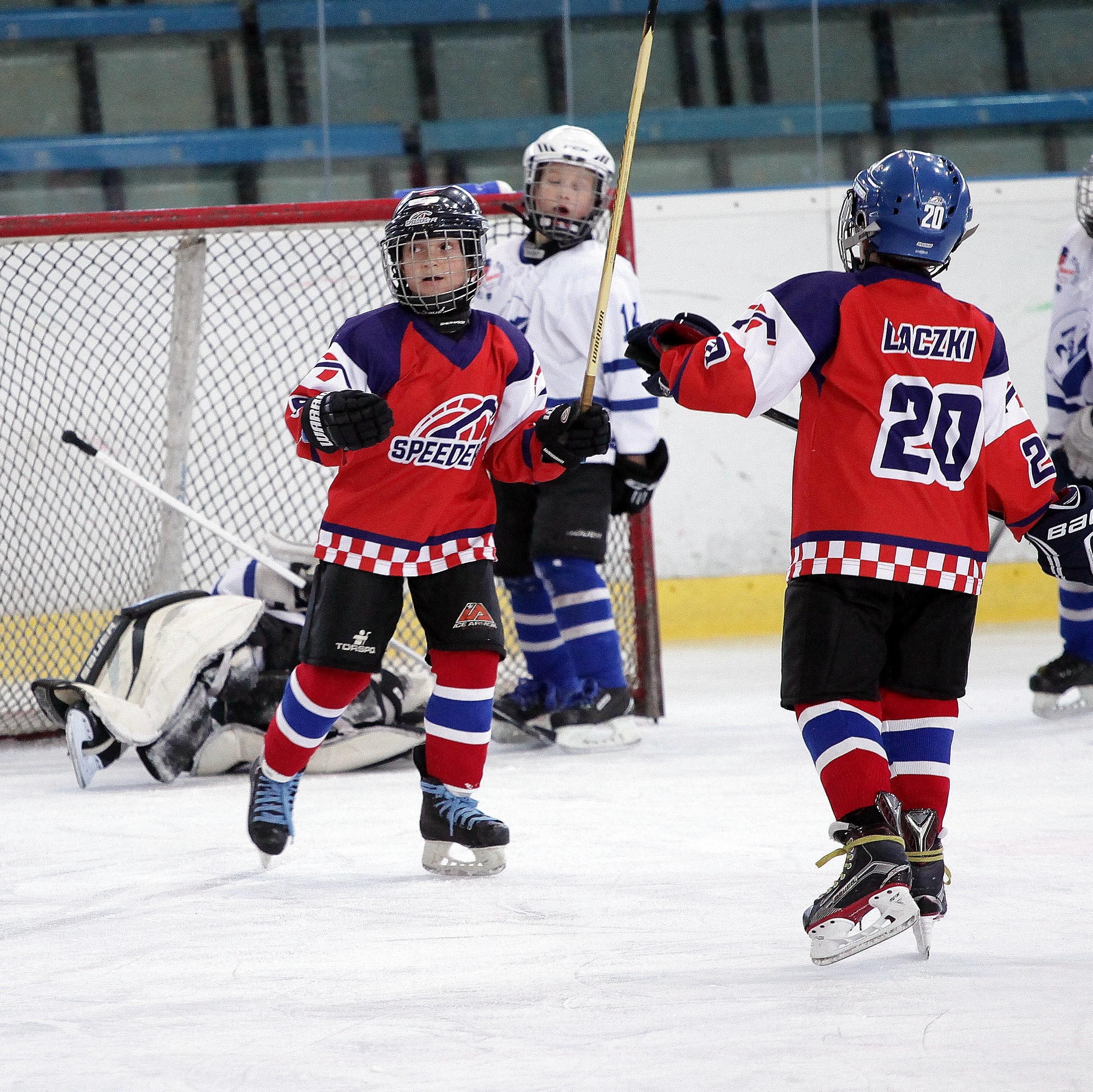Speeders Hockey Bratislava turnaj karvina_ streleny gol
