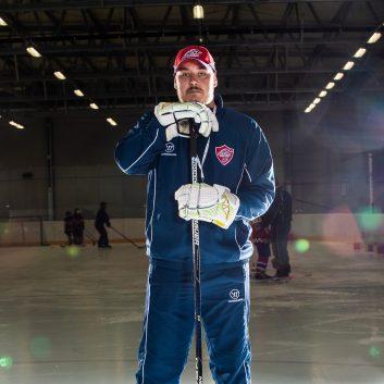 Jakub Nemky Speeders Bratislava tréner hokej postoj